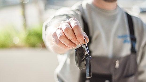 Car-sales-621x350